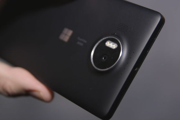 microsoft lumia 950xl camera
