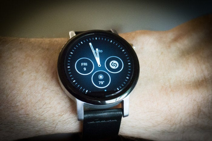 moto 360 2nd gen review the android wear watch to beat. Black Bedroom Furniture Sets. Home Design Ideas