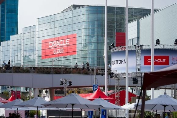 oracle cloud plaza oow 2015 02