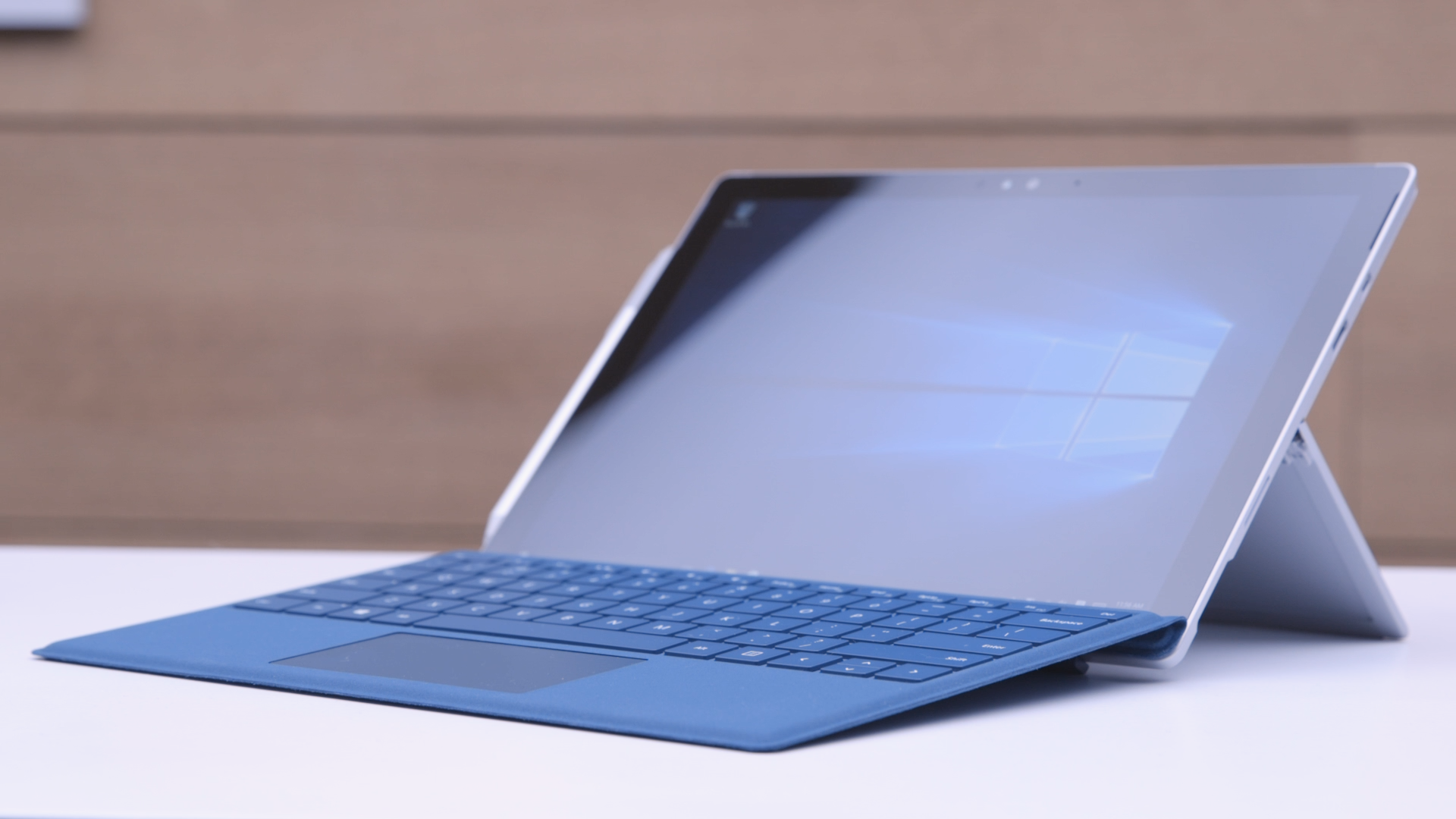 Surface pro 4 hands on with microsoft s category creating