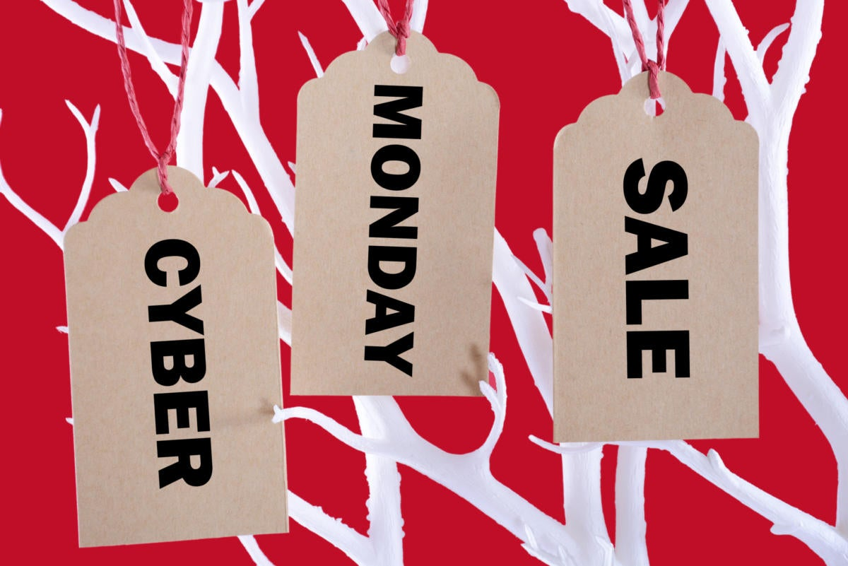Hottest Cyber Monday 2016 deals on Apple iPhones, iPads, Macs