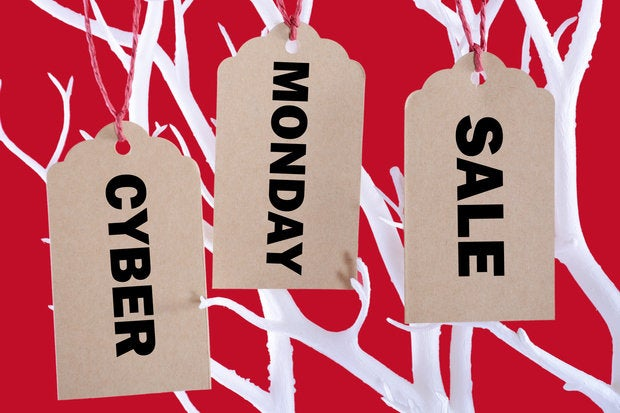Watch Out Bosses Cyber Monday Sales Distractions Hit