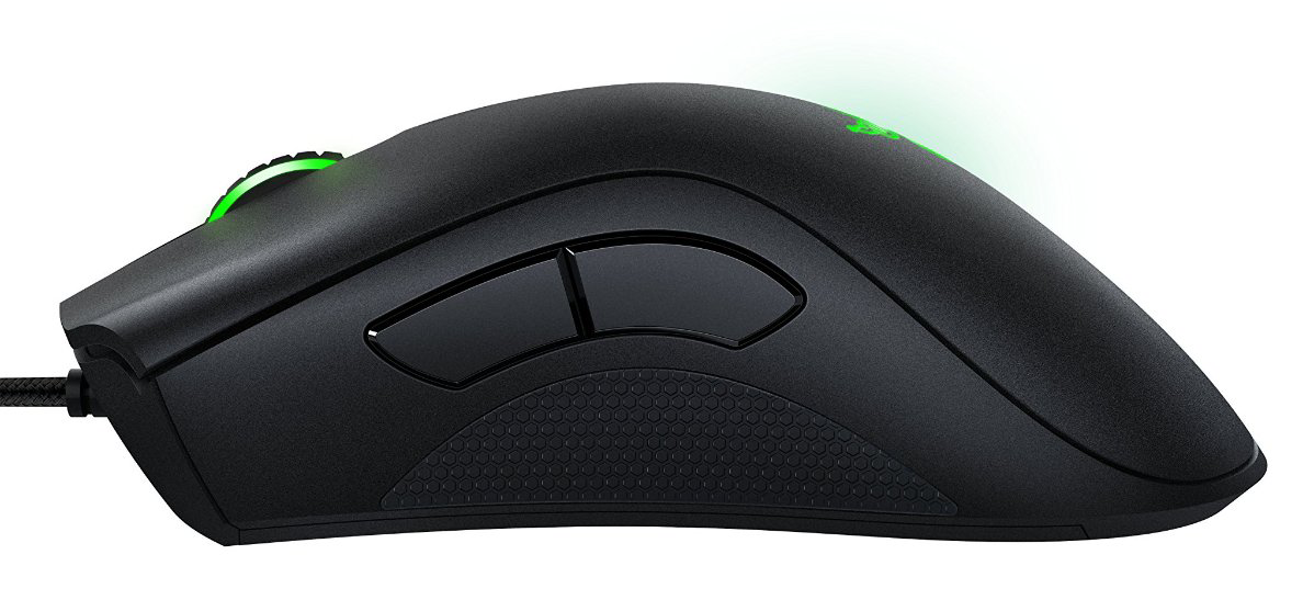 a570bba2024 Razer DeathAdder Chroma review: The most popular gaming mouse gets a ...