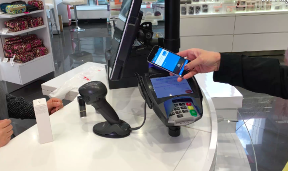 walgreens apple pay