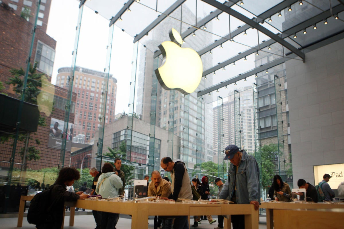 Apple acquiring Time Warner Cable
