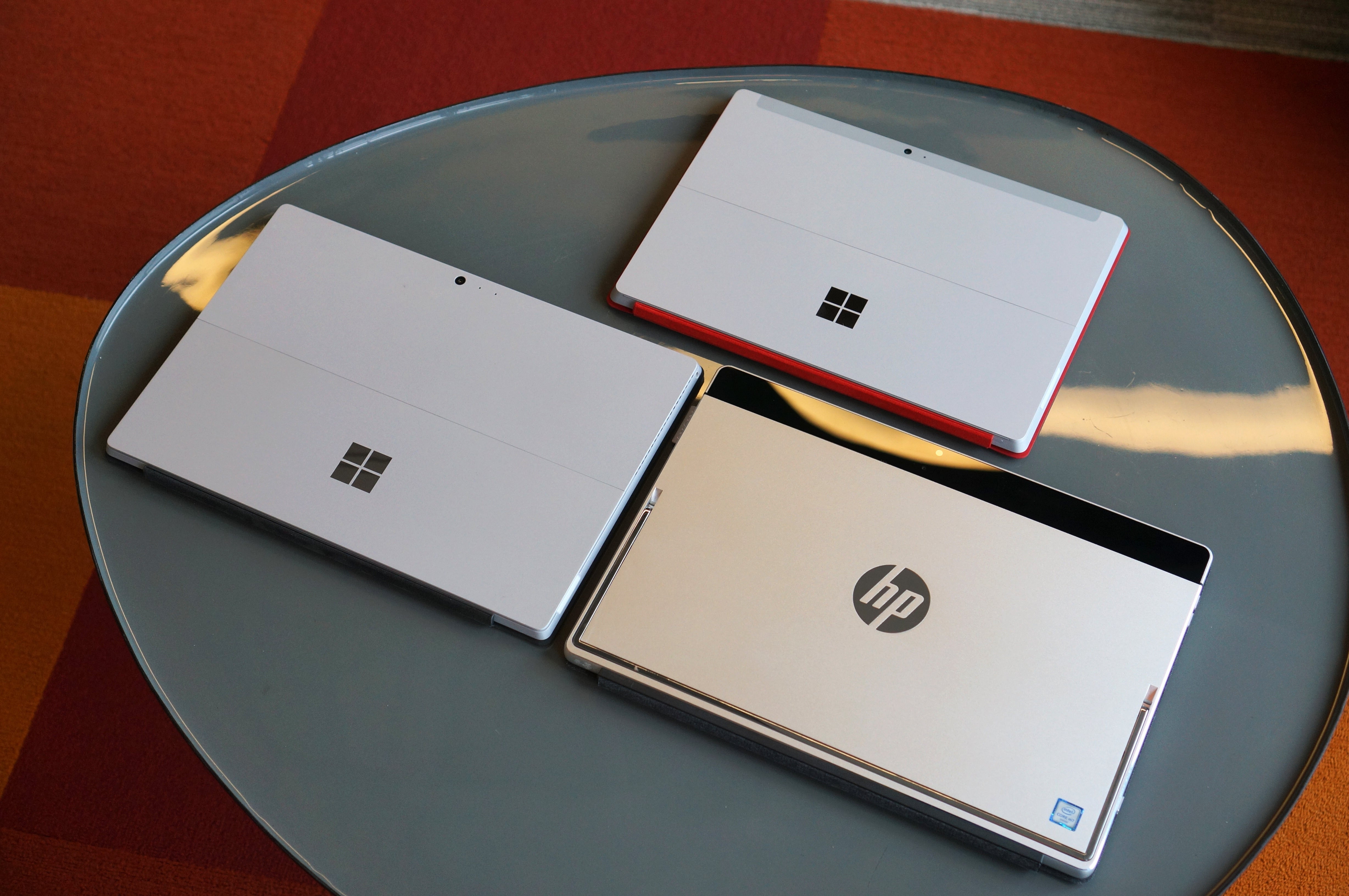 Hp Spectre X2 Review A Surface Clone For Lot Less Cash Pcworld Flashdisk 8gb V178w 12 Back