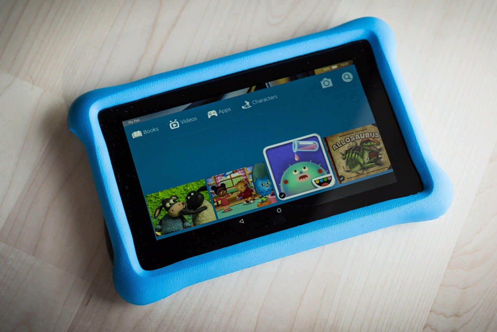 What should be a tablet computer for children
