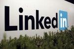 4 LinkedIn messaging tips for career builders