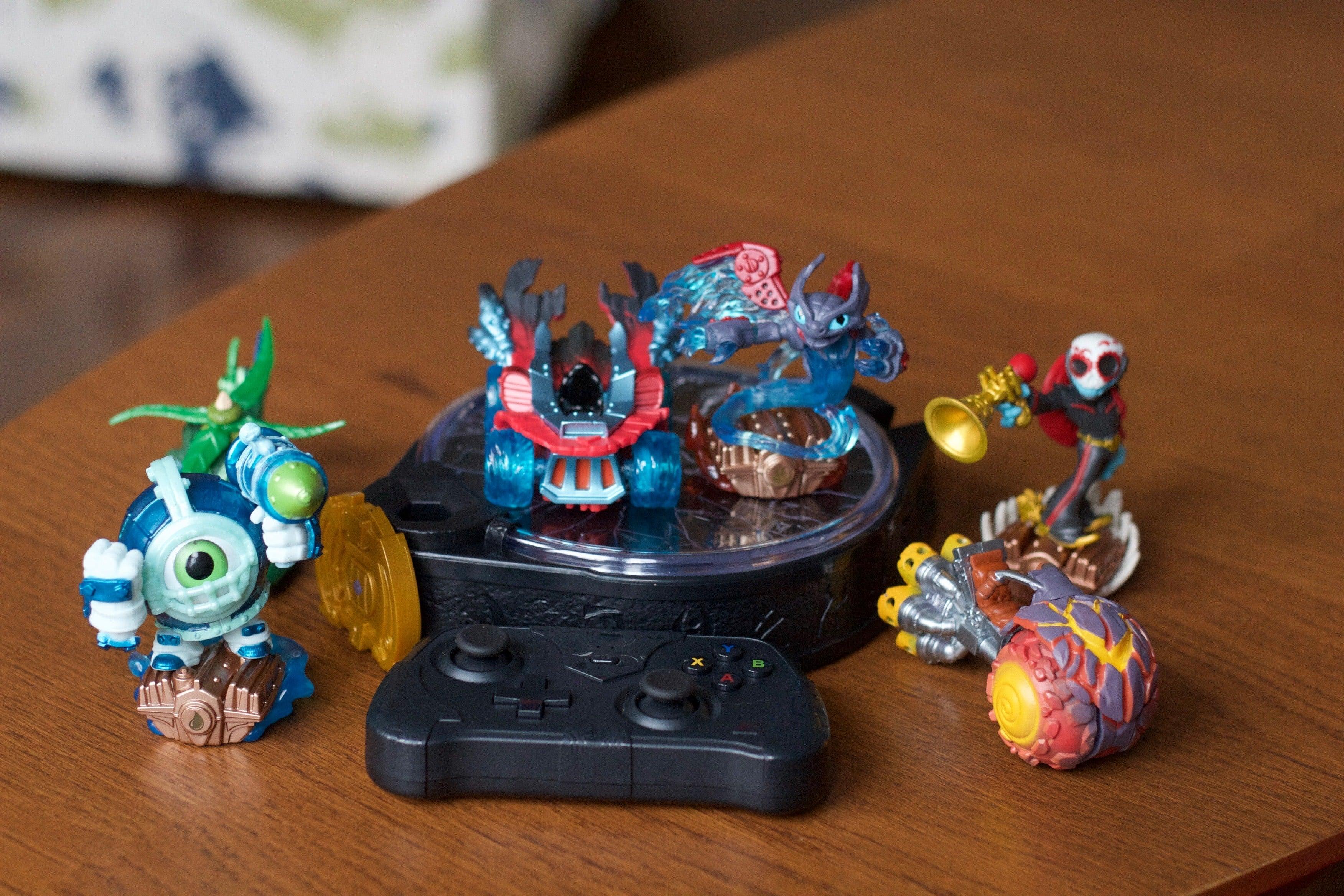 Apple Tv Toys To Life Disney Infinity 3 0 Vs Skylanders