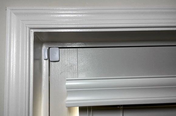 SmartThings door/window sensor