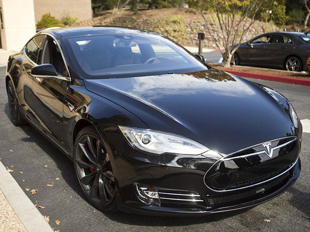 Tesla goes driverless…sorta
