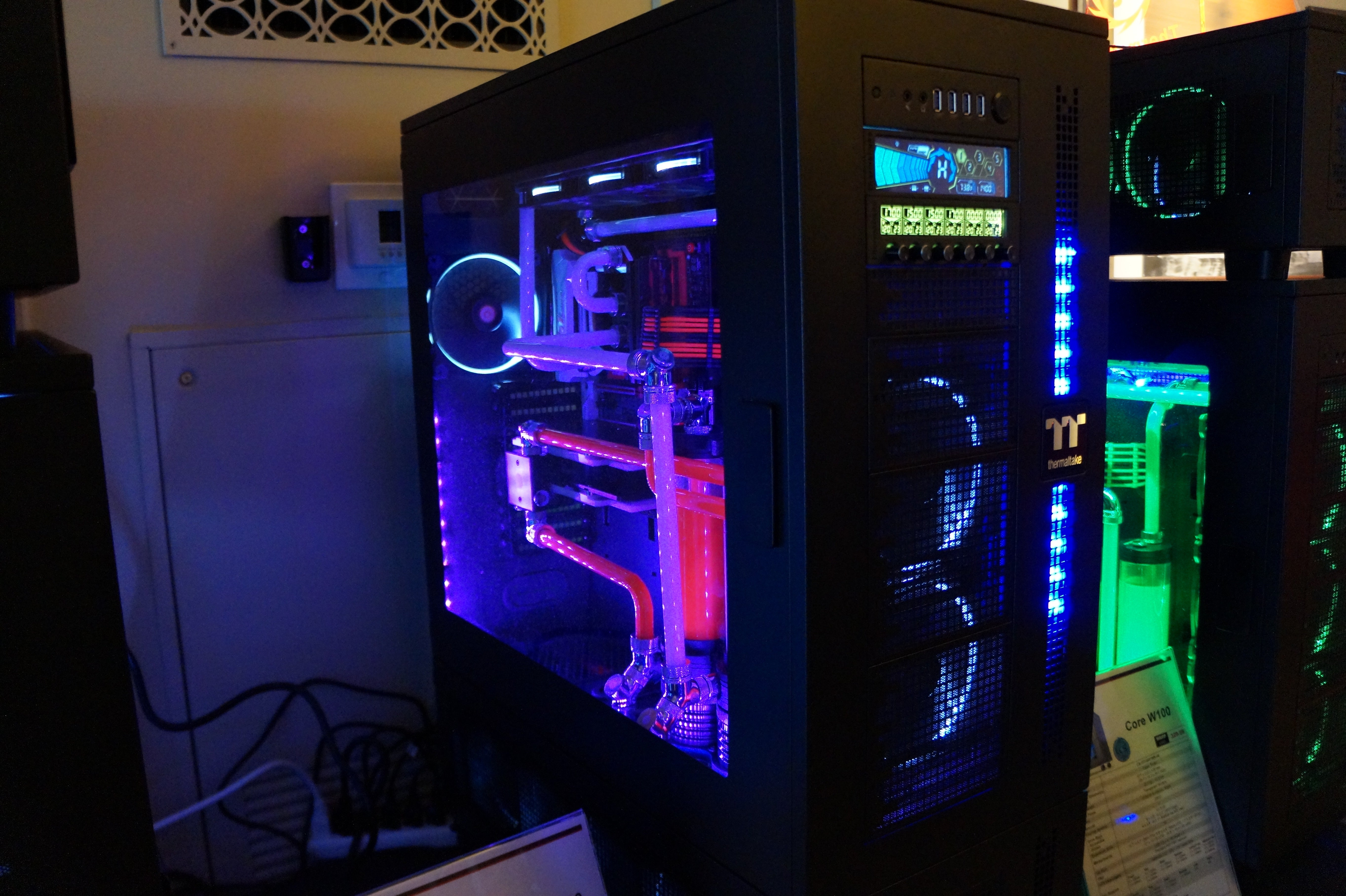 The Killer Case Mods And Tricked Out Pcs Of Ces 2016 Pcworld