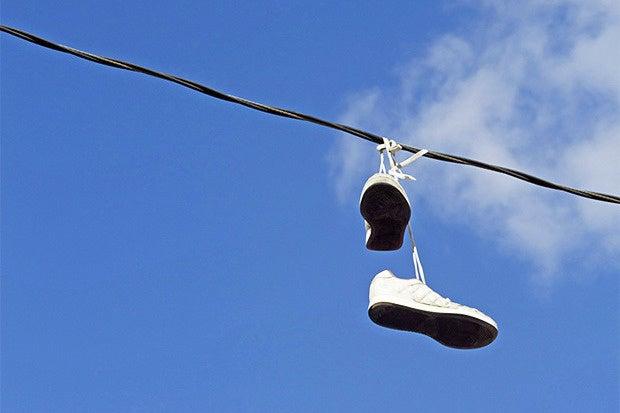 sneakers telephone