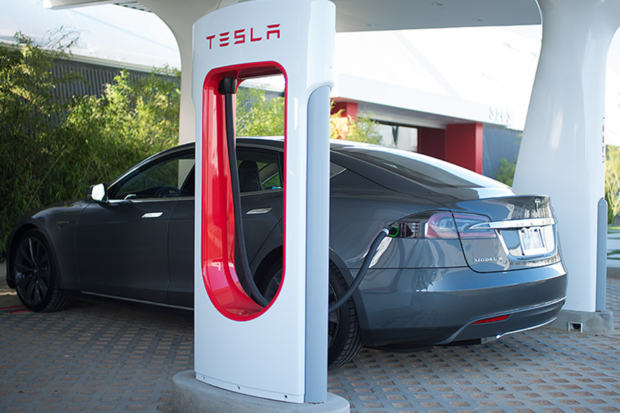 Why Elon Musk says 50% of all cars will be electric by 2027