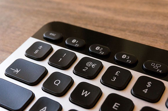 using your iphone with a bluetooth keyboard 04