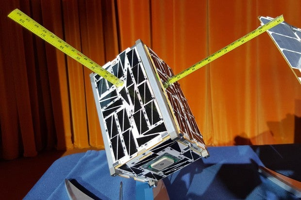 How smartphones helped NASA to build tiny satellites you can