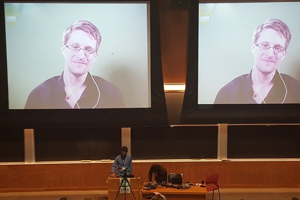 Edward Snowden: Privacy can't depend on corporations standing up to the government
