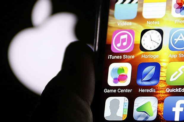 In scathing ruling, judge says Apple can't be forced to unlock iPhones