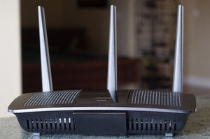 Buffalo vs Linksys: linksys ea7500 front