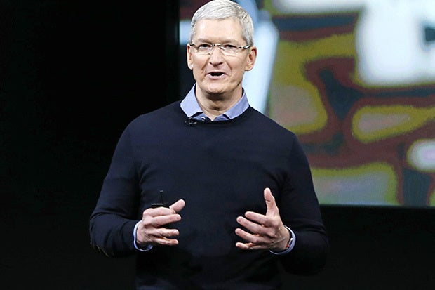 WIth Apple CEO Tim Cook on board, MIT pulls off first 2017 commencement speaker coup