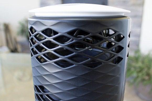 Closeup of Zipp with no cover