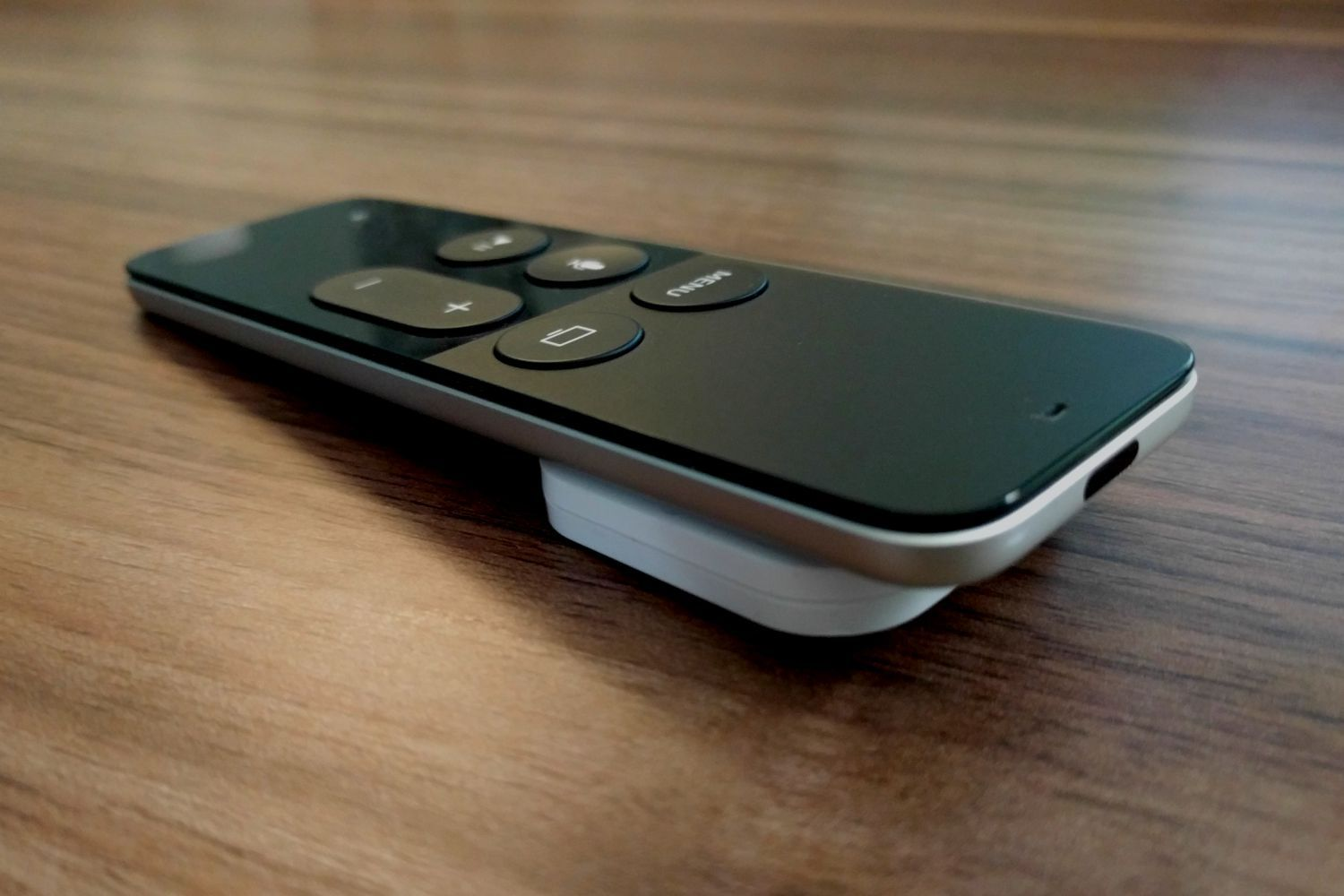 This $25 Bluetooth tracker made my Apple TV remote less ...