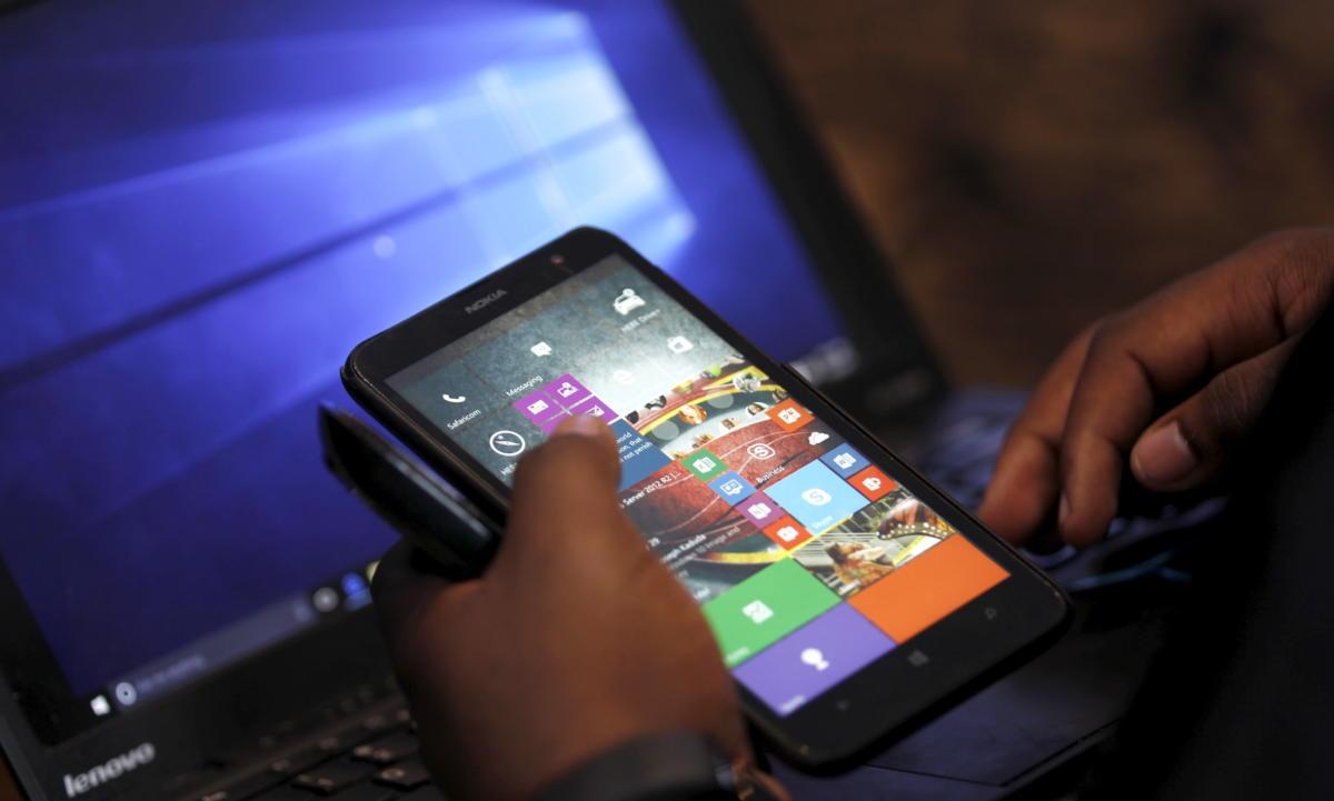 windows mobile 10 nokia smartphone