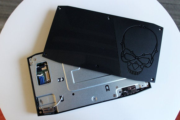 Intel NUC6i7KYK (Skull Canyon) Top Shot