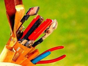 toolbelt tools handyman repairs
