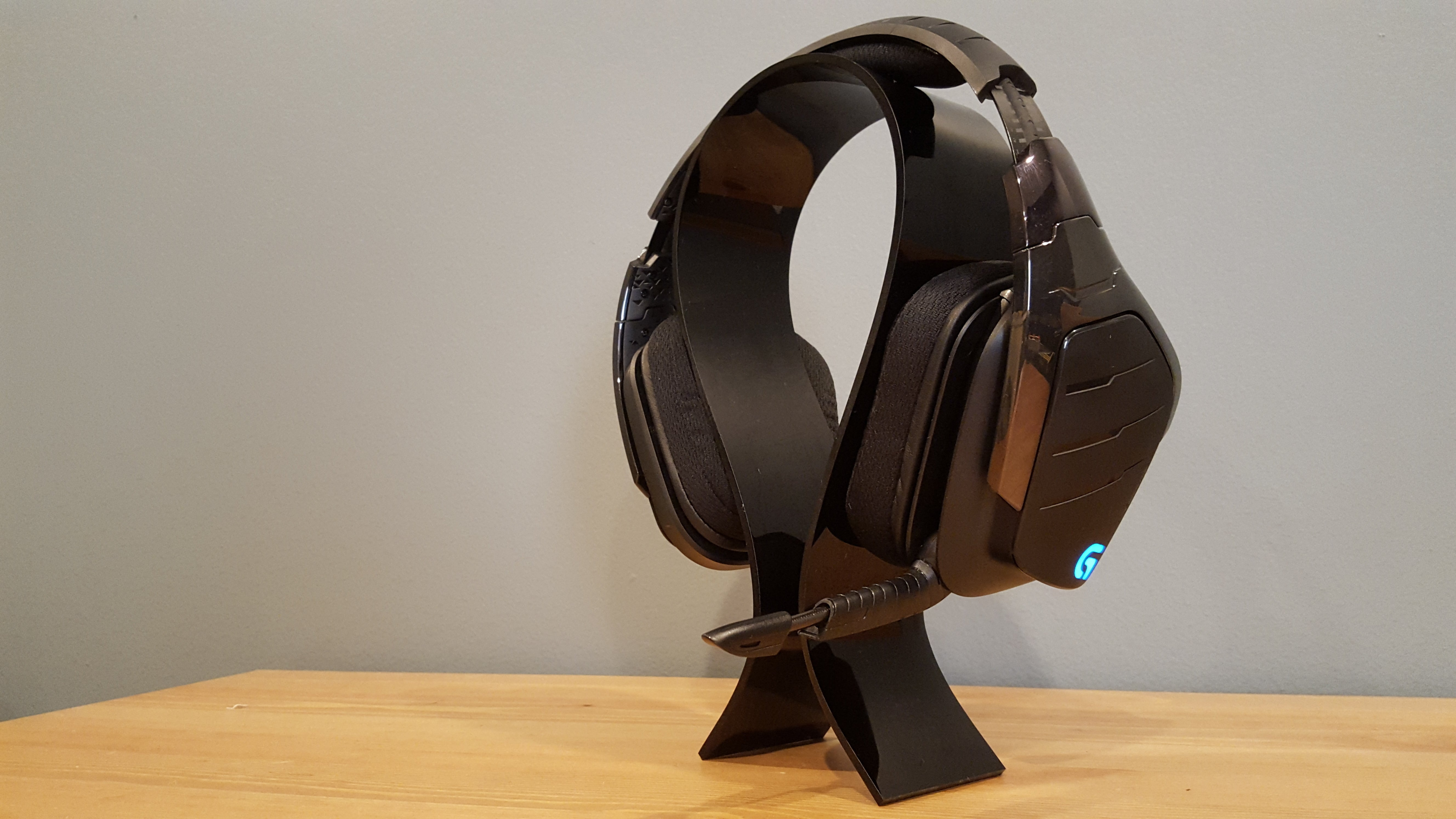Logitech G933 Review This Wireless Headset Is So Good You Can Skip Steelseries Arctis 5 With 71 Dts Headphonex Black Rgb Its High End Competition Pcworld