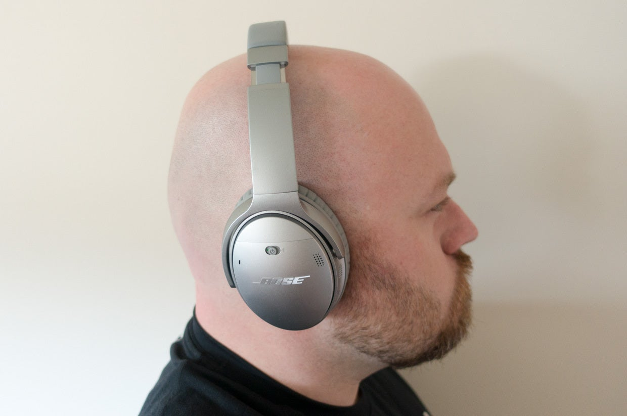 78918cb47 Bose QuietComfort 35 review: Active noise cancellation, no strings ...