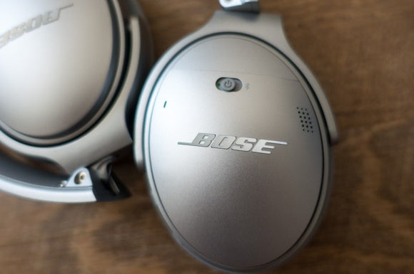bose qc35 power button