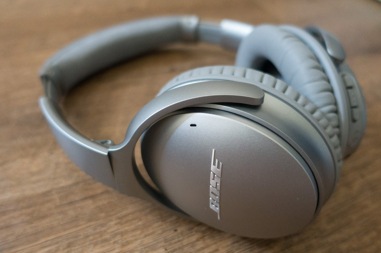 Bose Quietcomfort 35 Review Active Noise Cancellation No Strings Qc25 Headphone For Apple Devices White Techhive