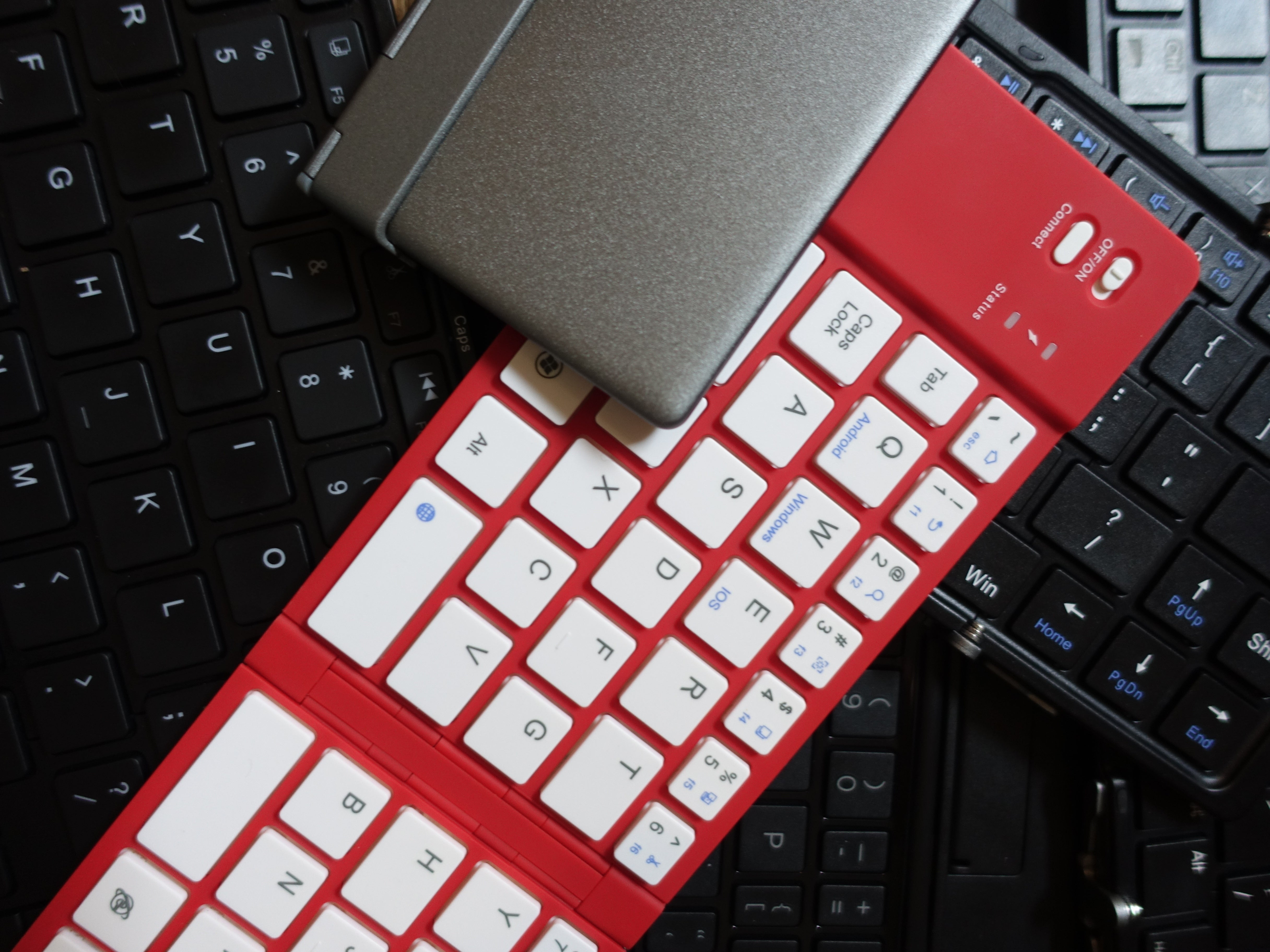 b7f8ae0b326 The best folding Bluetooth keyboards make your tablet or smartphone more  productive