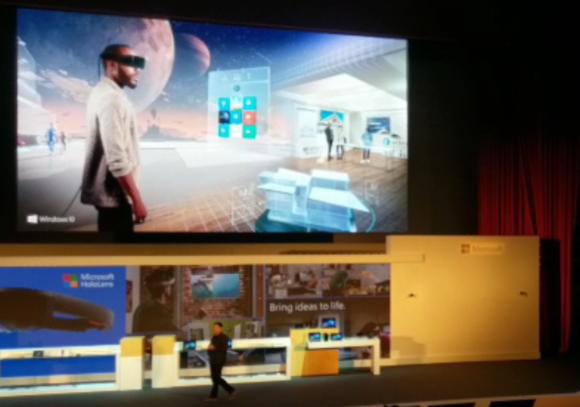 Microsoft Windows Holographic on Oculus Rift