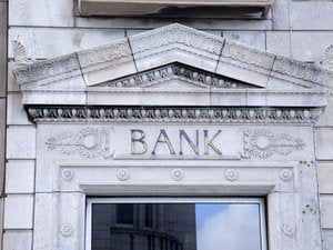 Digital transformation pushes big banks into application outsourcing