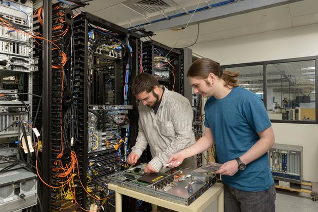 unh-sdn-consortium-promises-interoperability-testing-benchmarking