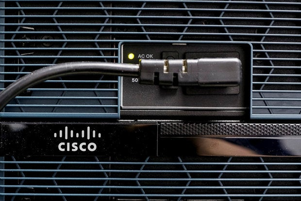 cisco-patches-critical-exposure-in-management-software