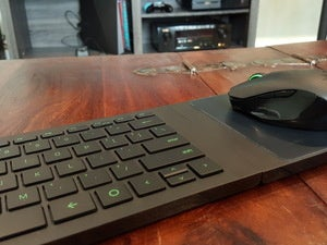 Razer Turret Review This Compact Lapboard Works Around The Living Room