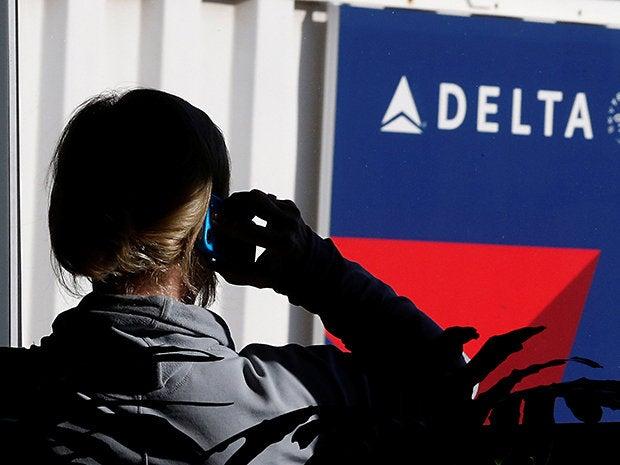 delta delay airlines operator