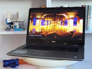 Dell Inspiron 7778 Primary Image