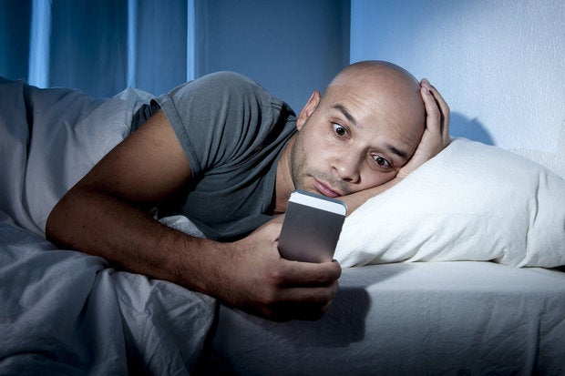 Smartphones cause insomnia, study finds