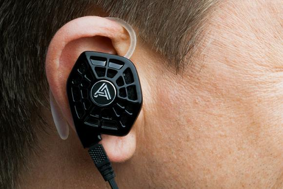 audeze isine in ear headphones
