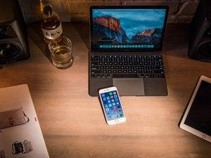 iphone7 review adam 13 desk