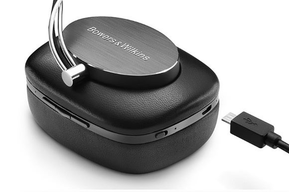 The P7 Wireless charges via a micro USB port under the left ear cup.