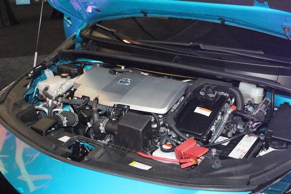 toyota prius prime sept 2016 engine 2