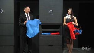 Laudroid laundry robot unveiling.