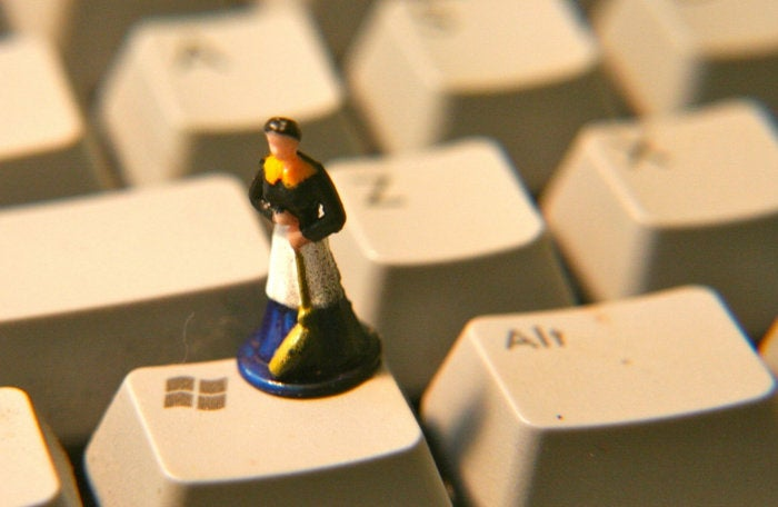 windows key figurine