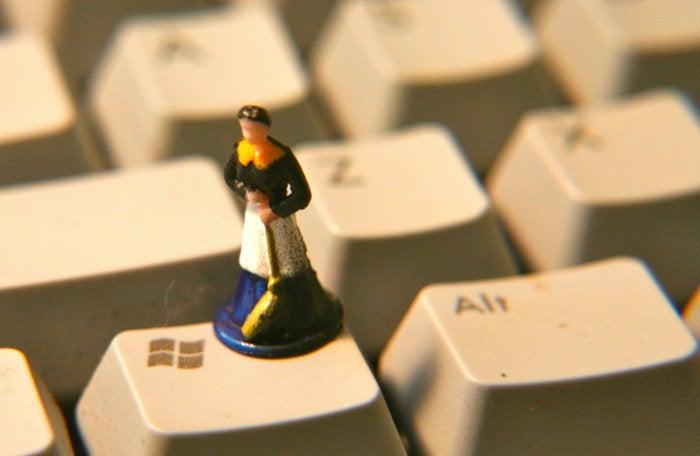 Microsoft pulls KB article 3201845 for Windows 10 14393.479