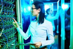 women in network room